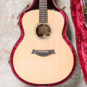 Taylor Custom Go LH Left-Handed Guitar